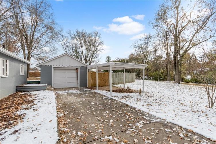 2401 S Silver Lane Drive Indianapolis, IN 46203 | MLS 21681514 | photo 7