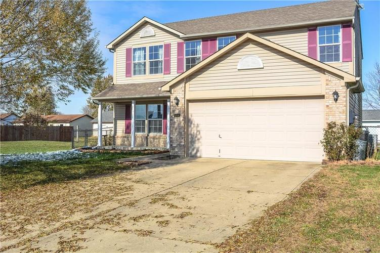 1504 E Buckskin Trace Martinsville, IN 46151 | MLS 21681597