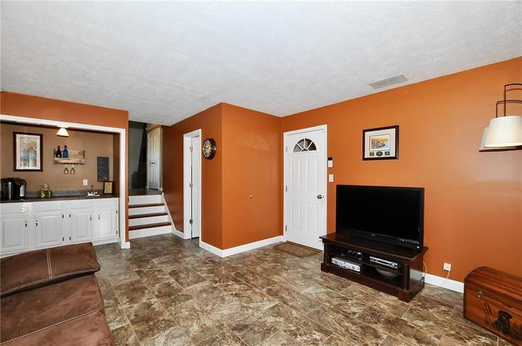 4745 Whirlaway Drive Indianapolis, IN 46237 | MLS 21681598 | photo 6
