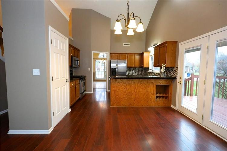 7560 St George Blvd Fishers, IN 46038 | MLS 21681631 | photo 9