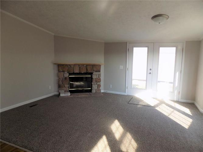 59 E County Road 1450N Carbon, IN 47837 | MLS 21681673 | photo 2