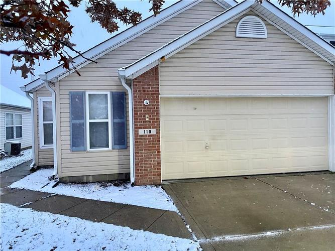110 Village Green Drive Indianapolis, IN 46227 | MLS 21681674 | photo 2
