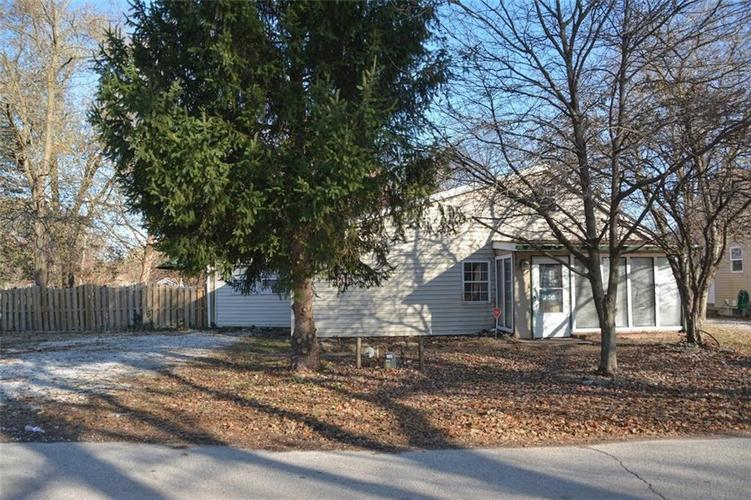 3241 S Collier Street Indianapolis, IN 46221 | MLS 21681689