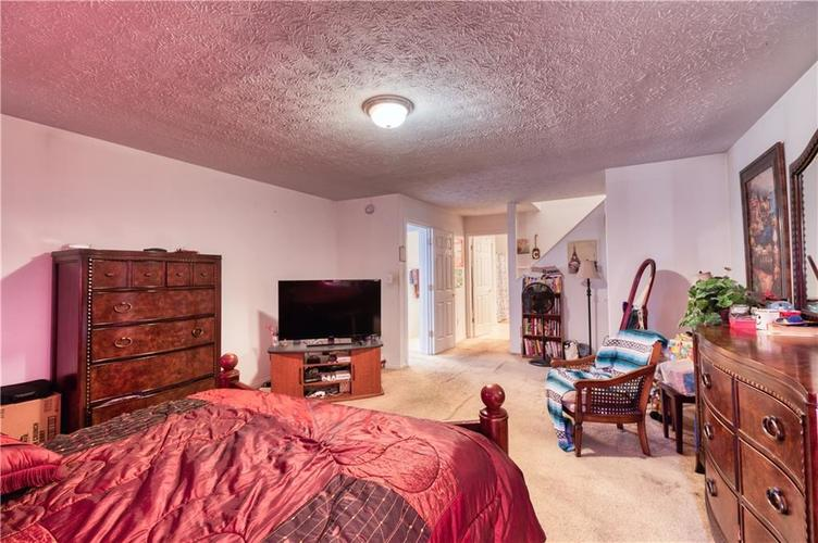 7967 Lawrence Woods Court Indianapolis, IN 46236 | MLS 21681696 | photo 22
