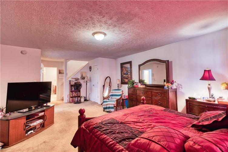 7967 Lawrence Woods Court Indianapolis, IN 46236 | MLS 21681696 | photo 23