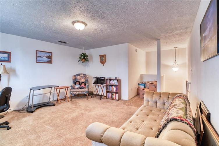7967 Lawrence Woods Court Indianapolis, IN 46236 | MLS 21681696 | photo 27