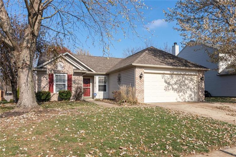 6430 BROOKS BEND Boulevard Indianapolis, IN 46237 | MLS 21681725 | photo 1