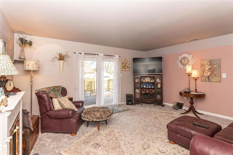 6430 BROOKS BEND Boulevard Indianapolis, IN 46237 | MLS 21681725 | photo 5