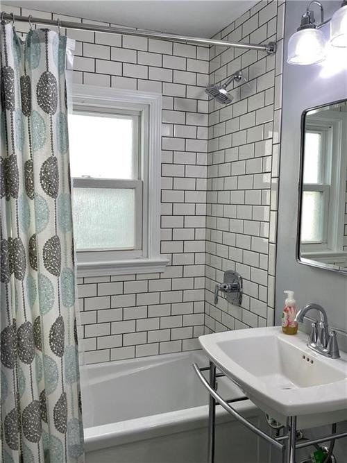 6056 N Central Avenue Indianapolis, IN 46220 | MLS 21681774 | photo 12