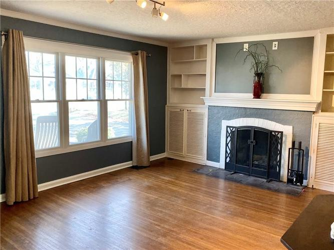 6056 N Central Avenue Indianapolis, IN 46220 | MLS 21681774 | photo 3