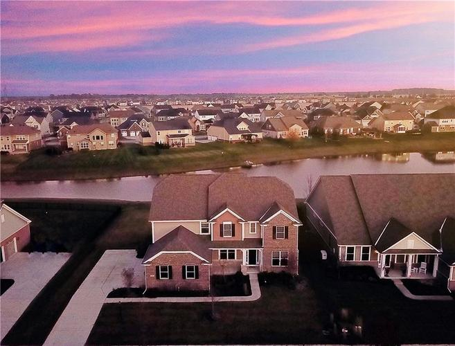 9943 Win Star Way Fishers IN 46040 | MLS 21681791 | photo 1