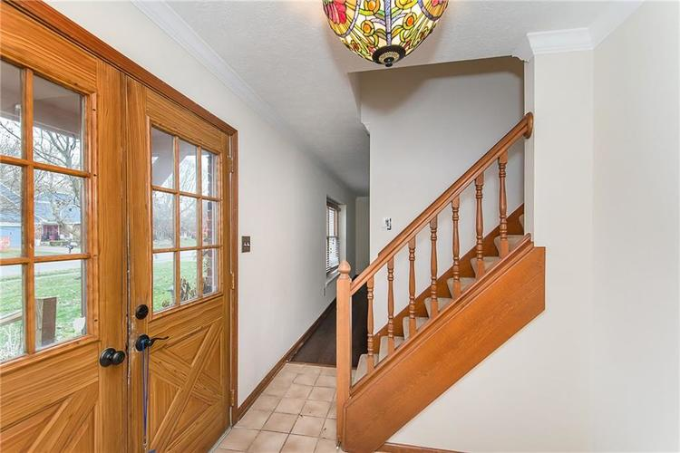 545 Sunset Drive Noblesville, IN 46060 | MLS 21681859 | photo 3