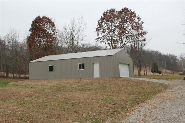 4872 State Road 46 E Nashville, IN 47448 | MLS 21681898 | photo 5