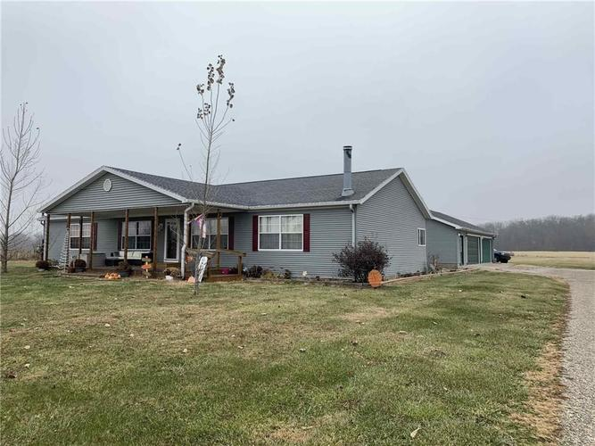 6248 E Brown Road New Castle, IN 47362 | MLS 21681904 | photo 1