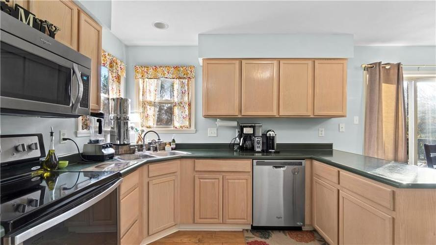 9949 ALEXIA Drive Indianapolis, IN 46236 | MLS 21681945 | photo 7
