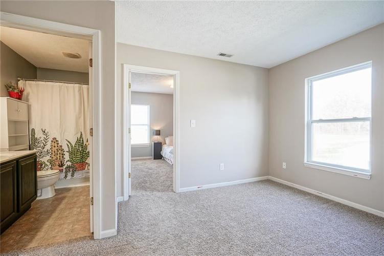 14056 Stonewood Place Fishers, IN 46037 | MLS 21681957 | photo 25