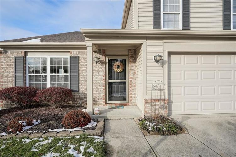 14056 Stonewood Place Fishers, IN 46037 | MLS 21681957 | photo 3