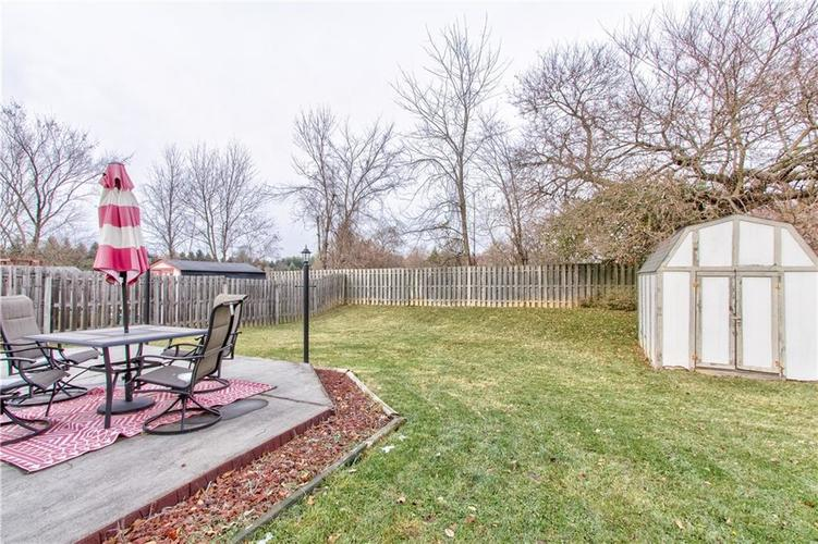 8434 Country Meadows Drive Indianapolis, IN 46234 | MLS 21681971 | photo 18