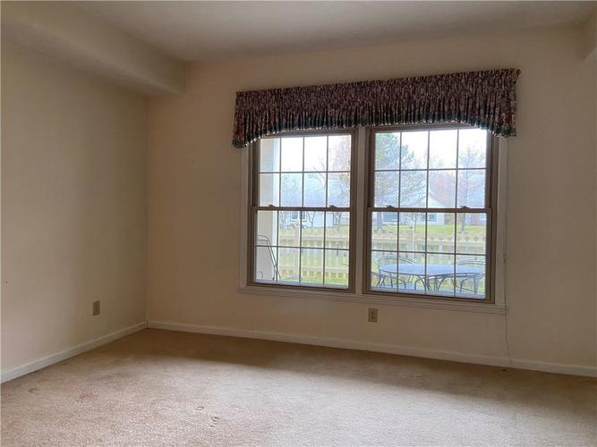 7601 Newport Bay Drive #118 Indianapolis, IN 46240 | MLS 21681973 | photo 12