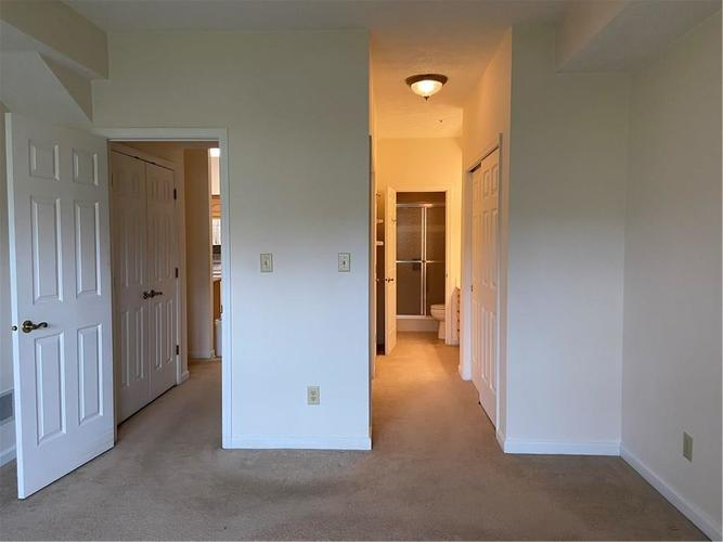 7601 Newport Bay Drive #118 Indianapolis, IN 46240 | MLS 21681973 | photo 13