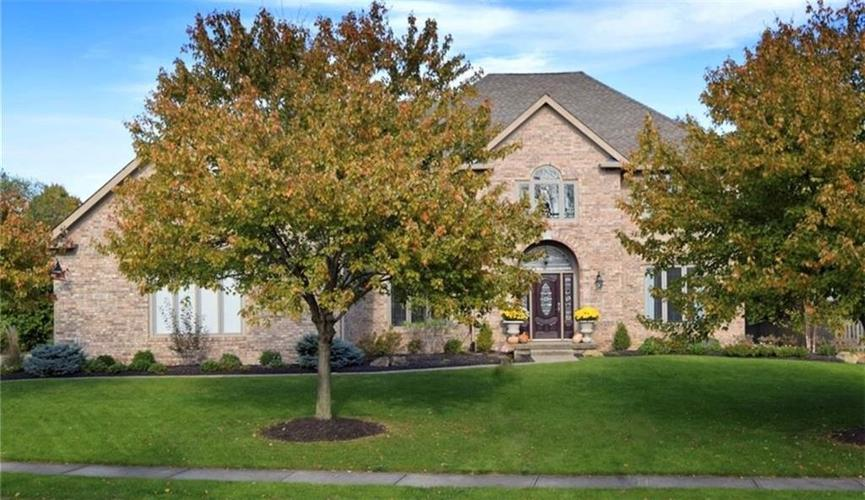 14027 Old Mill Circle Carmel, IN 46032 | MLS 21681979 | photo 1