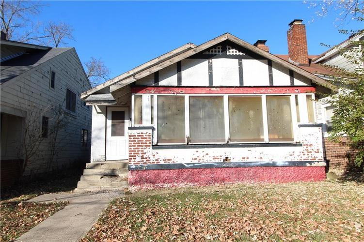 2432 Brookside Parkway North Drive Indianapolis IN 46201   MLS 21681993   photo 1