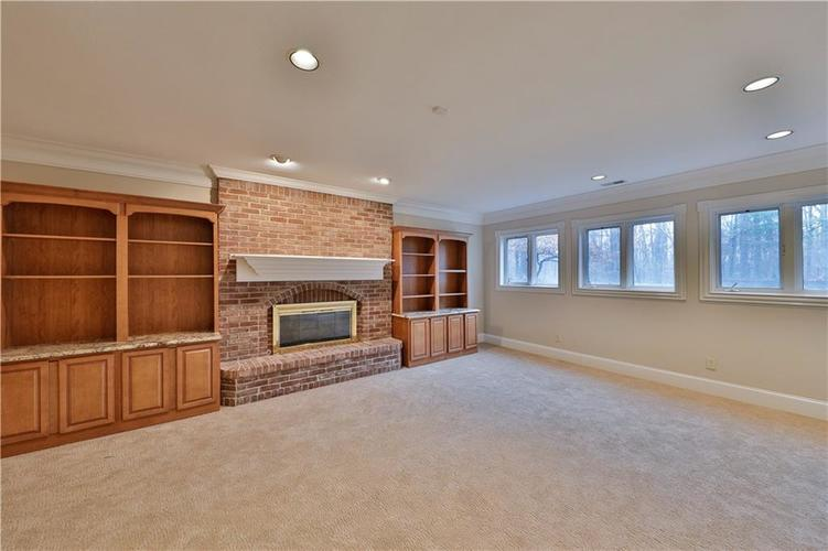 8037 Sargent Ridge Indianapolis, IN 46256 | MLS 21682012 | photo 28