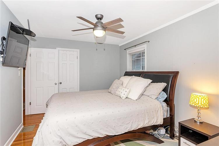 6141 KINGSLEY Drive Indianapolis, IN 46220 | MLS 21682015 | photo 11