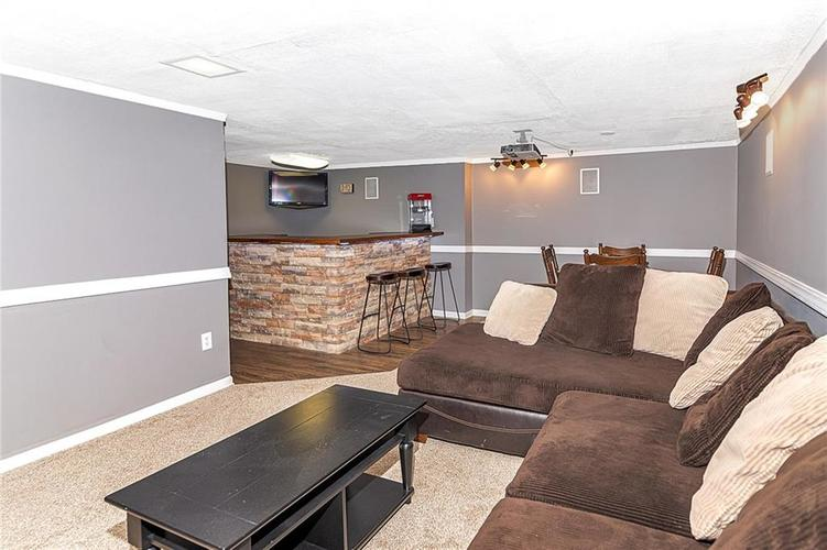 6141 KINGSLEY Drive Indianapolis, IN 46220 | MLS 21682015 | photo 18