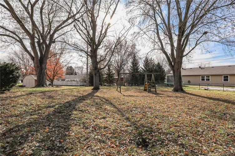 124 Plaza Central Street Greenwood, IN 46143   MLS 21682047   photo 33