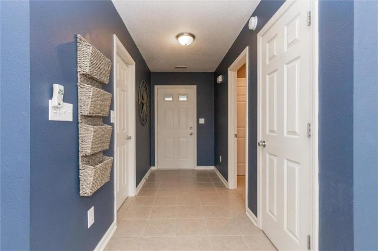 15355 Follow Drive Noblesville, IN 46060 | MLS 21682067 | photo 2