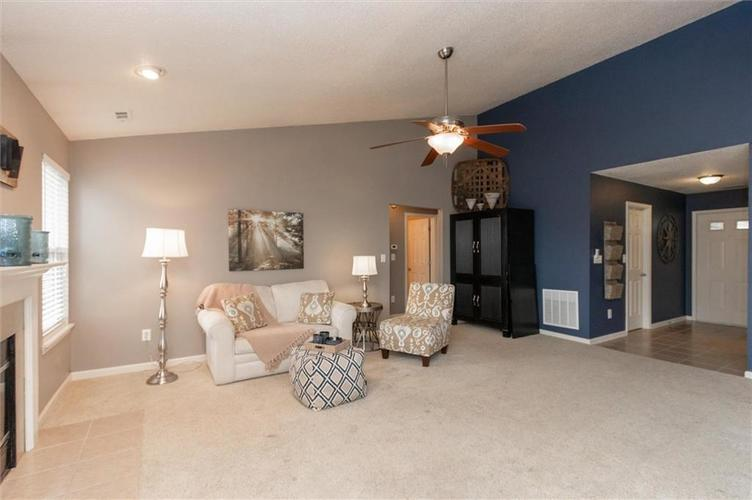 15355 Follow Drive Noblesville, IN 46060 | MLS 21682067 | photo 4