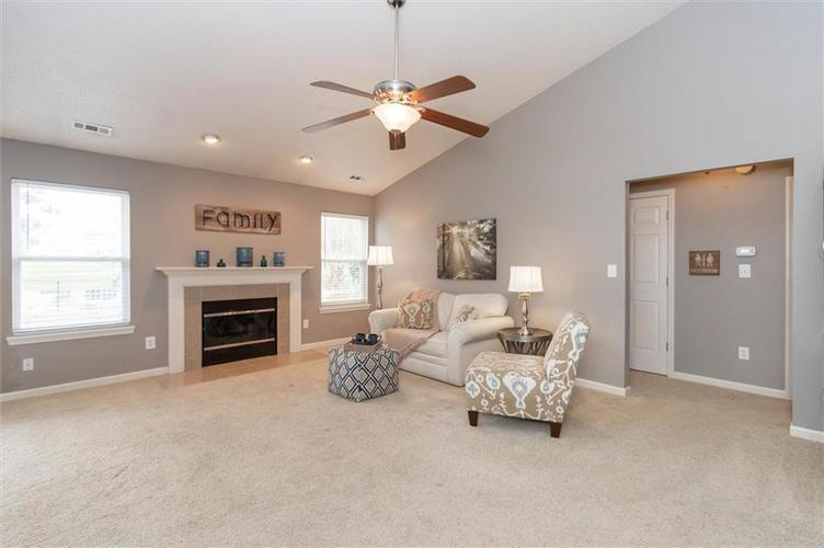 15355 Follow Drive Noblesville, IN 46060 | MLS 21682067 | photo 5