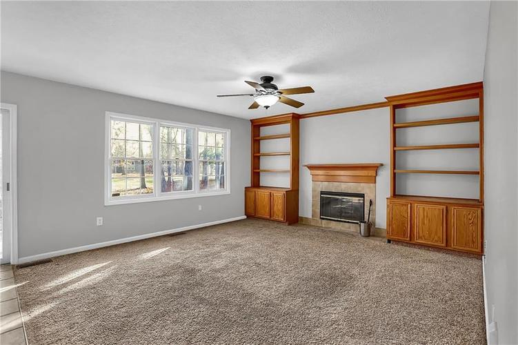 5853 Manning Road Indianapolis, IN 46228 | MLS 21682120 | photo 18