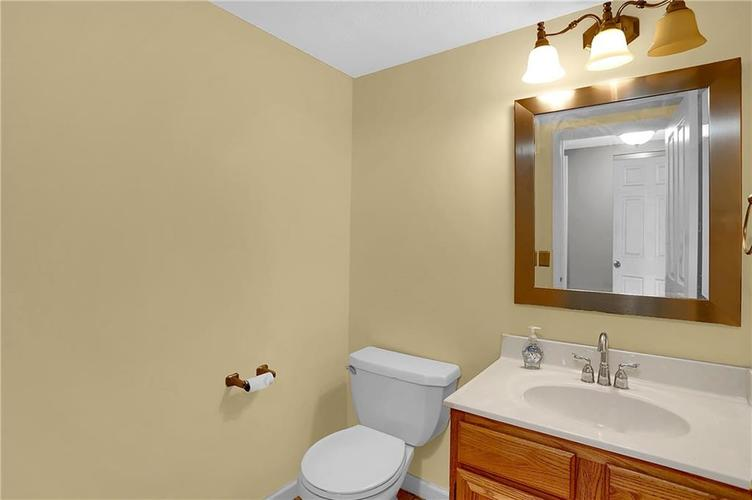 5853 Manning Road Indianapolis, IN 46228 | MLS 21682120 | photo 20