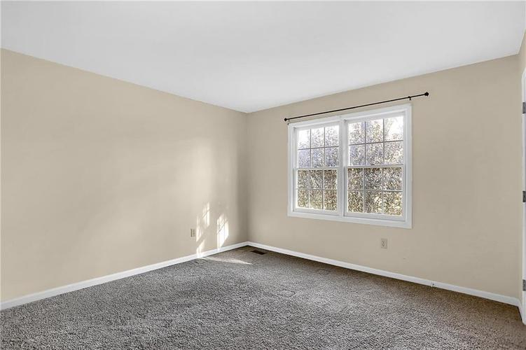 5853 Manning Road Indianapolis, IN 46228 | MLS 21682120 | photo 27