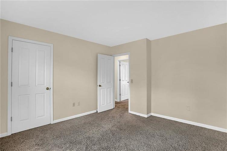 5853 Manning Road Indianapolis, IN 46228 | MLS 21682120 | photo 28