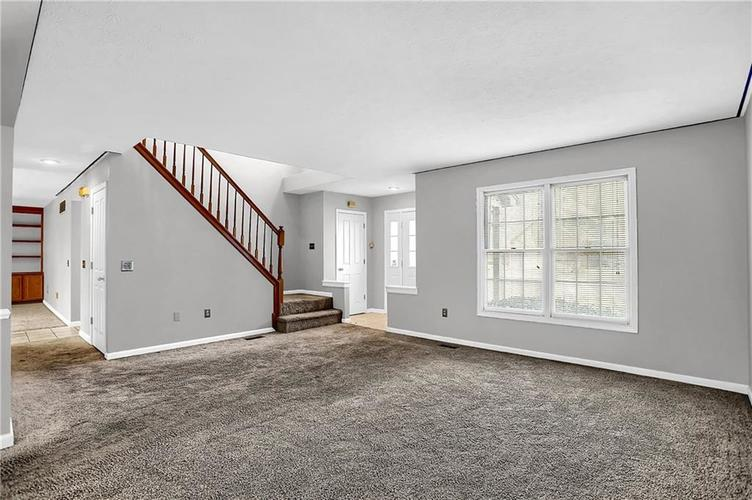 5853 Manning Road Indianapolis, IN 46228 | MLS 21682120 | photo 4