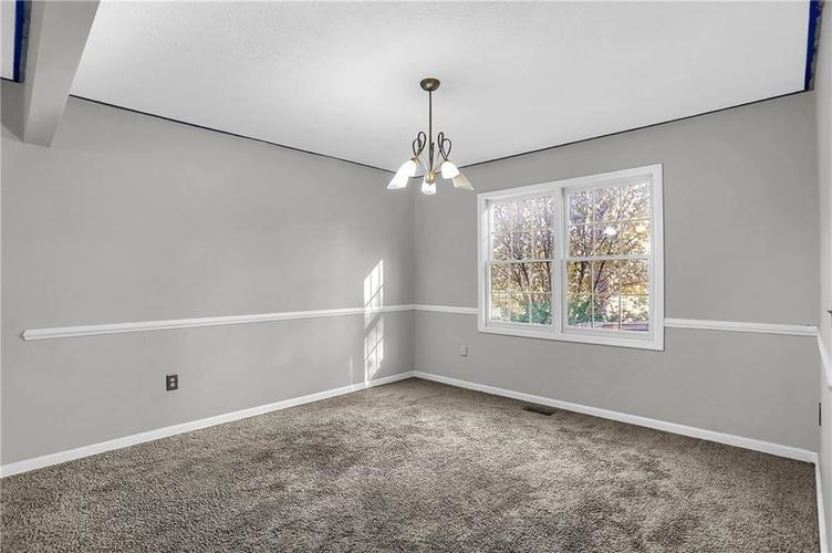 5853 Manning Road Indianapolis, IN 46228 | MLS 21682120 | photo 8