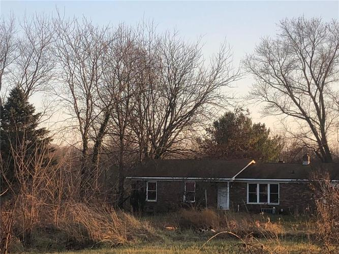 000 Confidential Ave.Martinsville, IN 46151 | MLS 21682125 | photo 2