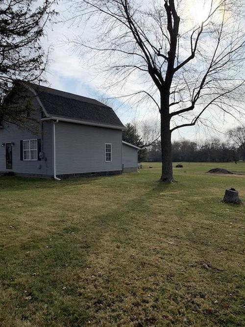1613 W Country Club Drive New Castle, IN 47362 | MLS 21682129 | photo 3