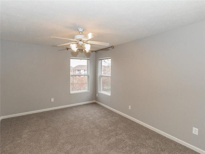 6280 Bishops Pond Lane #15 Indianapolis, IN 46268 | MLS 21682137 | photo 25