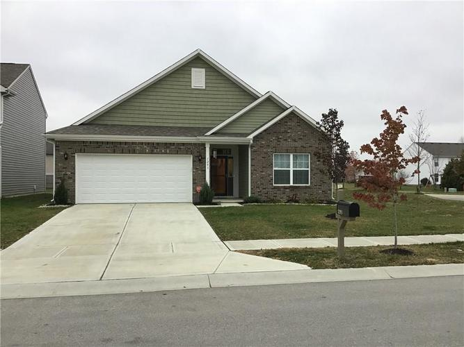 1293 Greenbriar Way Franklin, IN 46131 | MLS 21682140 | photo 1