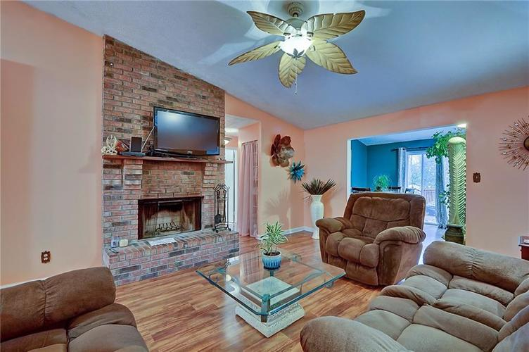 5314 Wetherby Court Indianapolis, IN 46254 | MLS 21682168 | photo 5