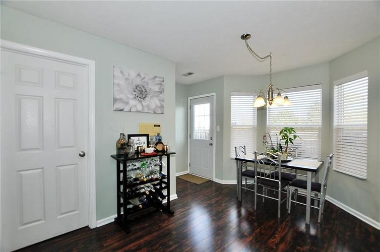 1550 PERRY COMMONS Boulevard Indianapolis, IN 46217 | MLS 21682170 | photo 12