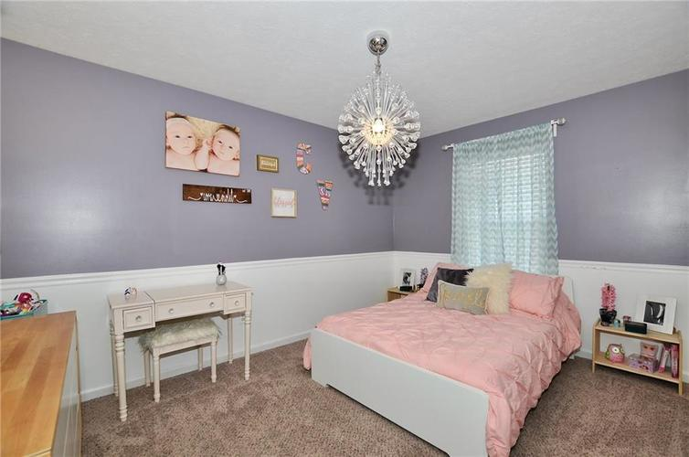 1550 PERRY COMMONS Boulevard Indianapolis, IN 46217 | MLS 21682170 | photo 19