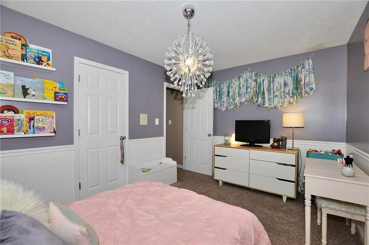 1550 PERRY COMMONS Boulevard Indianapolis, IN 46217 | MLS 21682170 | photo 20