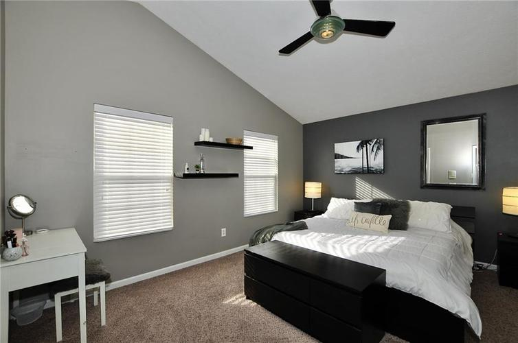1550 PERRY COMMONS Boulevard Indianapolis, IN 46217 | MLS 21682170 | photo 21