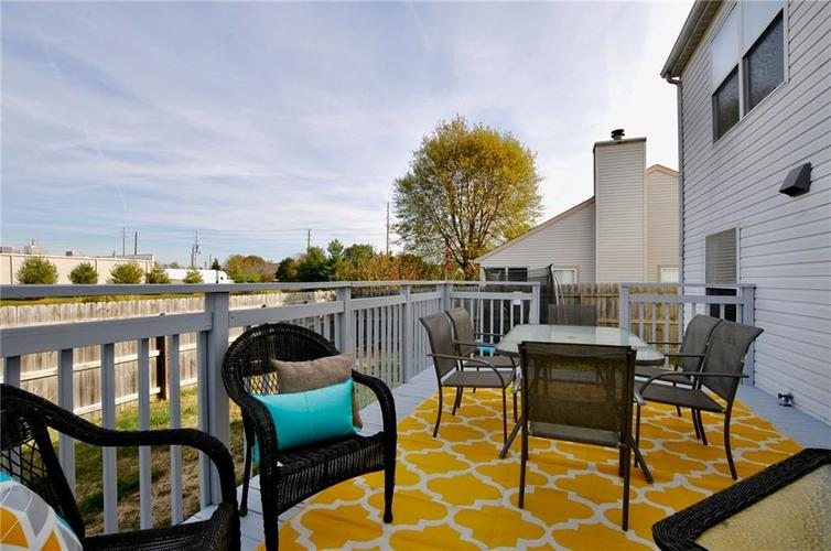 1550 PERRY COMMONS Boulevard Indianapolis, IN 46217 | MLS 21682170 | photo 25
