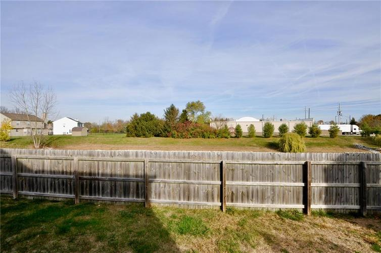 1550 PERRY COMMONS Boulevard Indianapolis, IN 46217 | MLS 21682170 | photo 27